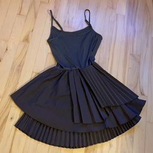 Snidel, luxe Japanese brand dress with pleats!! XS